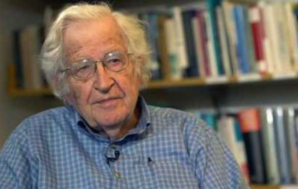 Interview exclusive de Noam Chomsky - Le totalitarisme américain